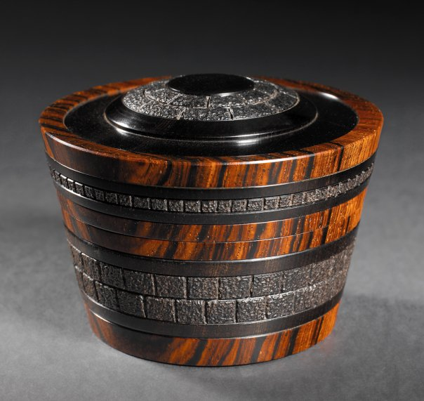 'Tread Softly' African Blackwood, French boxwood and cocobolo - Steven Kennard
