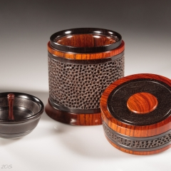 Celebration 3 open, showing tray -  African blackwood, cocobolo  Height: 4″ Diameter: 3 3/8″– Open showing tray and interior – Steven Kennard