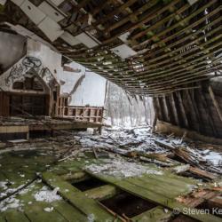Derelict 5 - Steven Kennard 2012