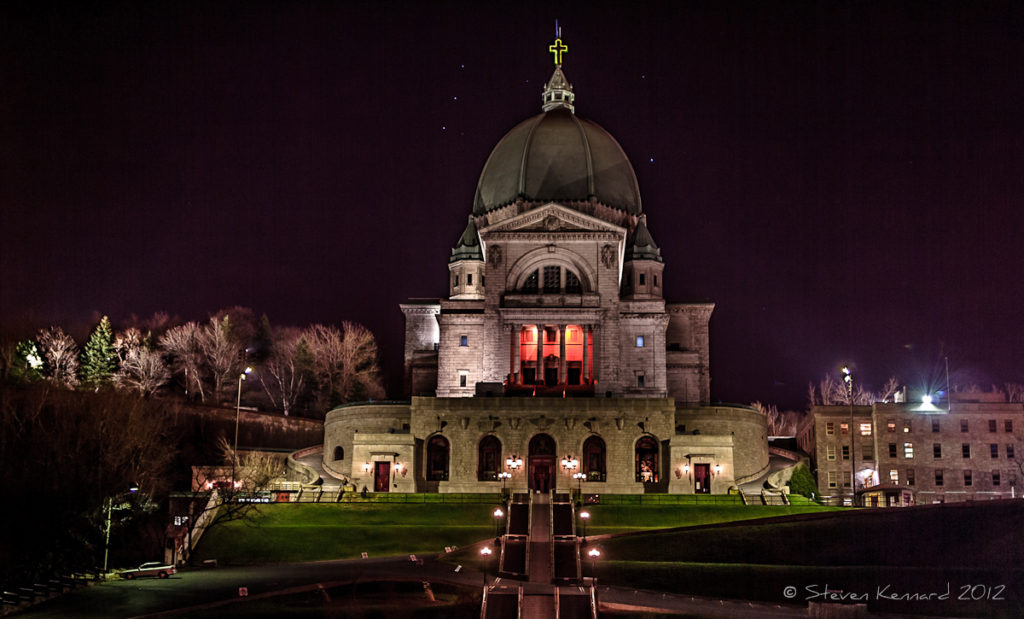 Stars over Saint Joseph's Oratory of Mount Royal - Steven Kennard 2012